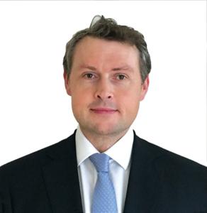 Executive Management Mathew Hill